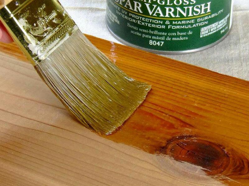 Sơn PU bóng để hoàn thiện gỗ giả màu óc chó.
