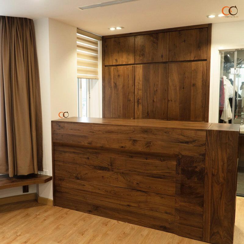 Tủ quần áo làm từ gỗ óc chó