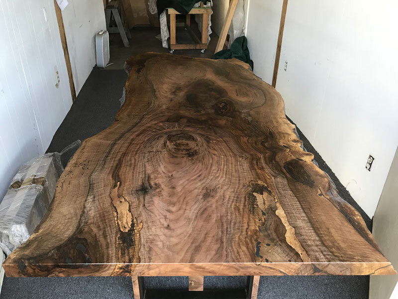 Bề mặt gỗ óc chó Bastogne