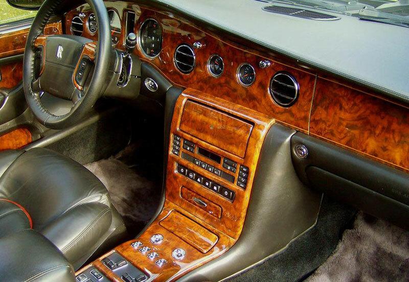 nội thất xe bằng gỗ óc chó