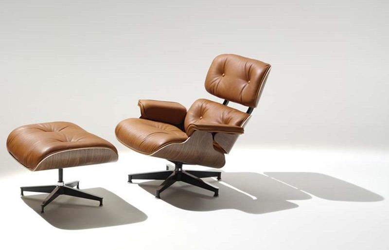 Ghế đi văng và ghế đệm Eames.