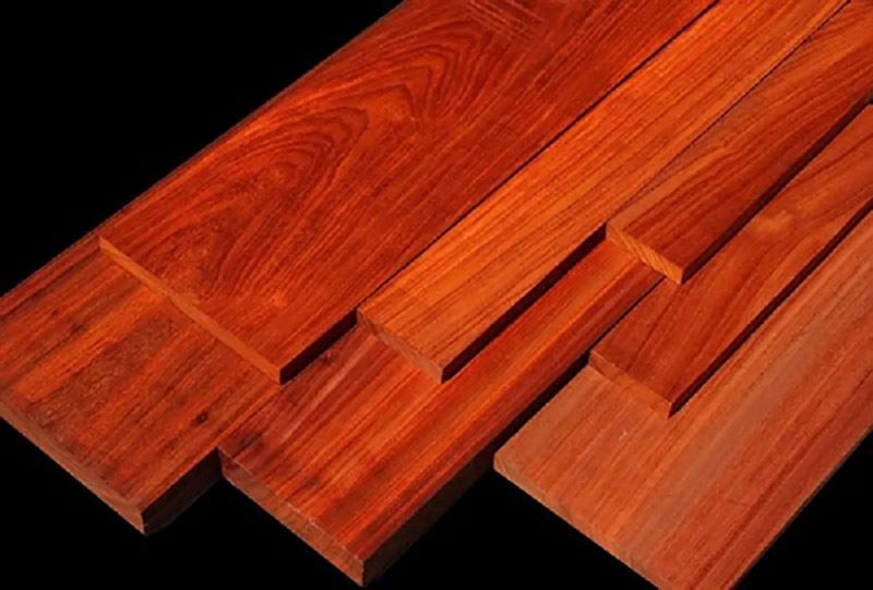 Đường vân và màu gỗ hương